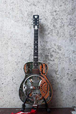 Dobro Lilly Of The Valley • Foto: Thomas Schulze